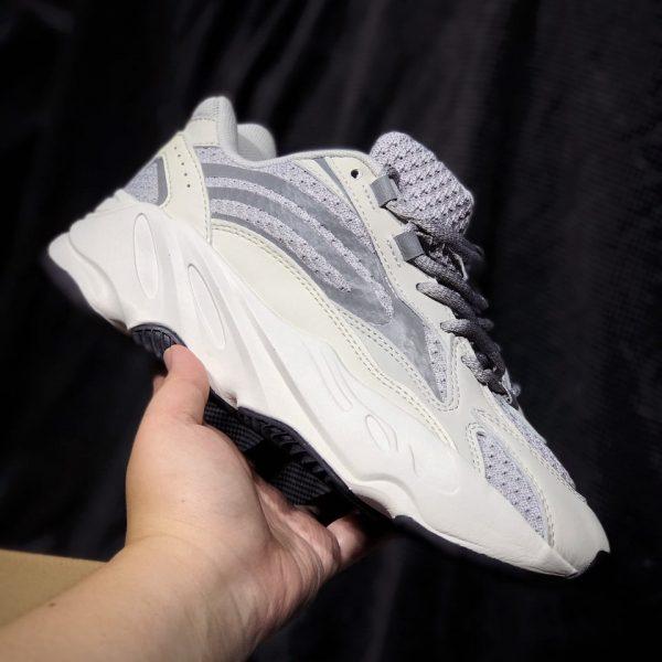 Sỉ giày Yeezy Static 700