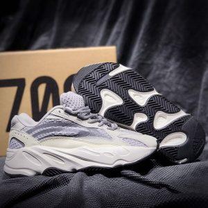 Sỉ giày Yeezy Static 700 REP