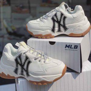 SNEAKER MLB